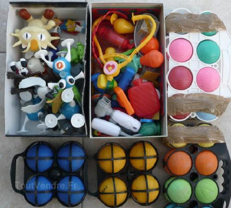 Jeux de boules petanques (24 boules) + figurines 89554842