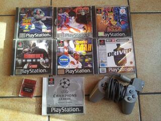 Jeux Playstation 1 + manette + carte mémoire