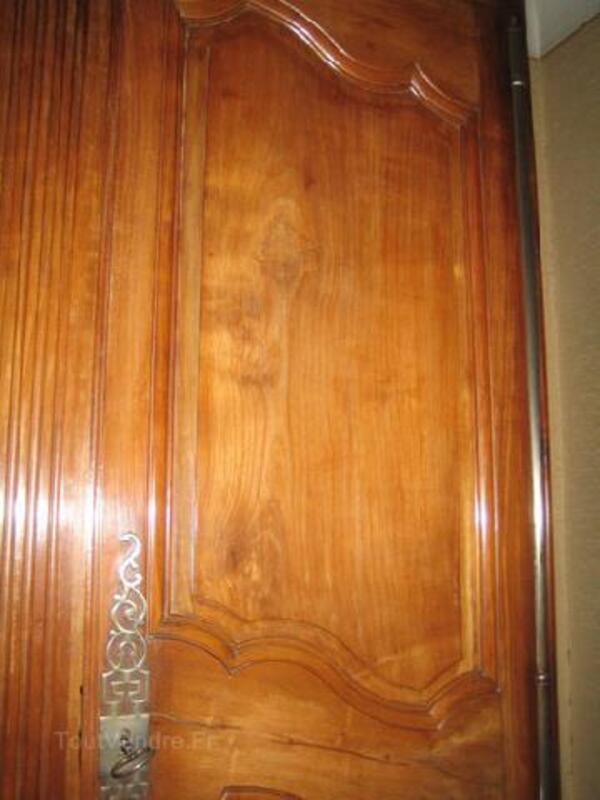Jolie armoire ancienne merisier Louis XV 89886279