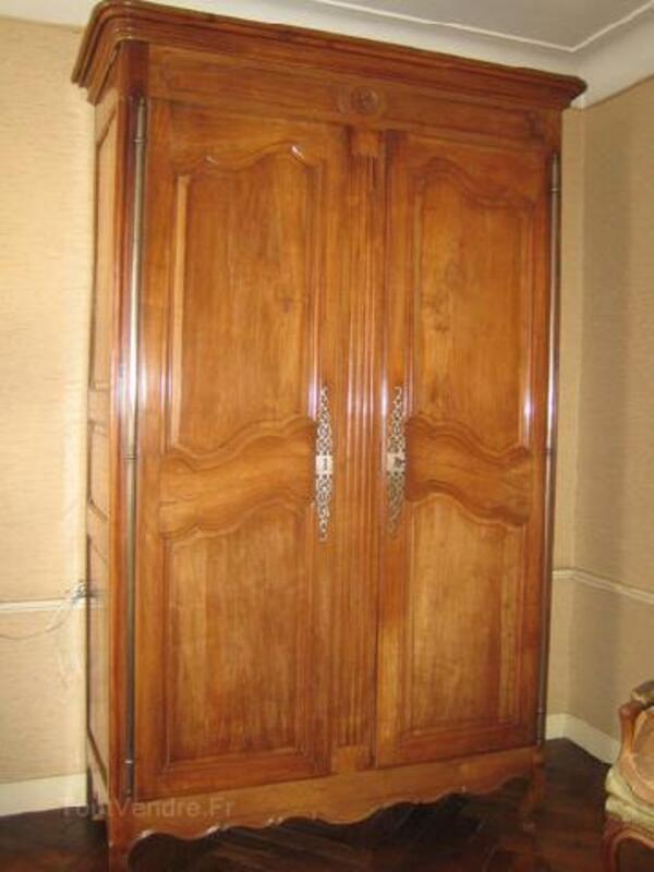 Jolie armoire ancienne merisier Louis XV 89886281
