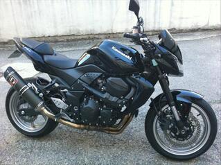 Kawasaki z750 full black + options
