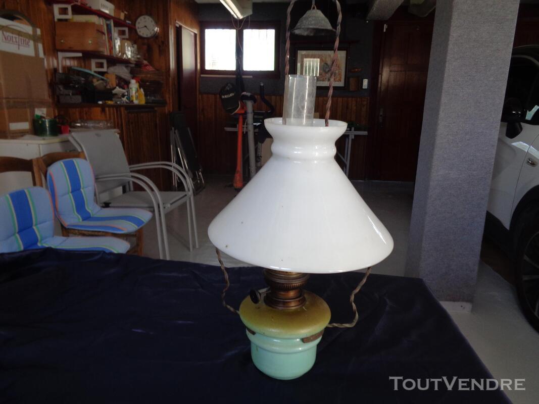 Lampe a petrole ancienne 667249162