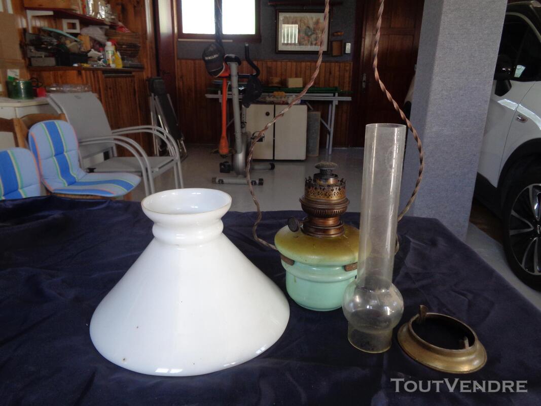 Lampe a petrole ancienne 667249273