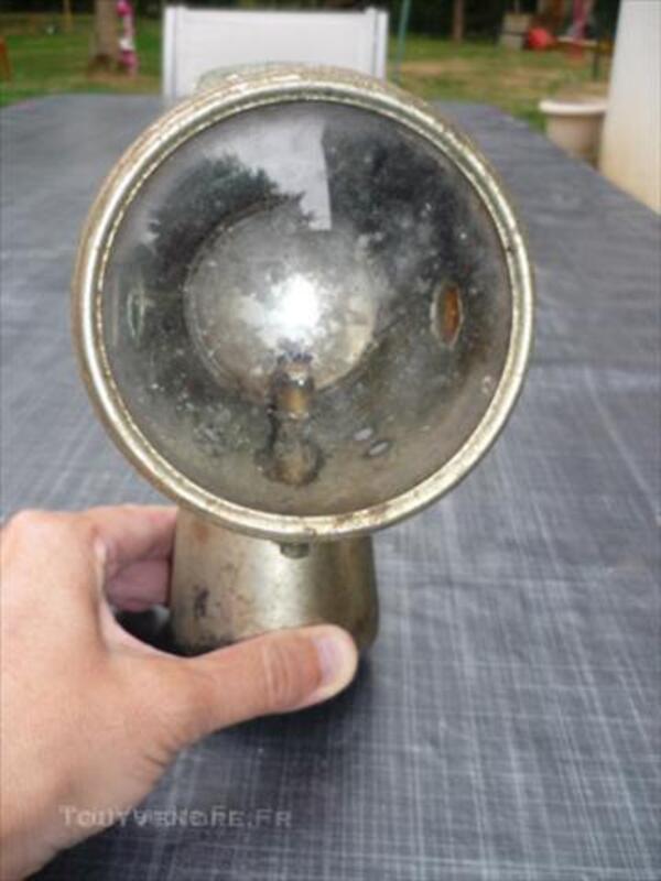 Lampe  ancienne de velo 45833924
