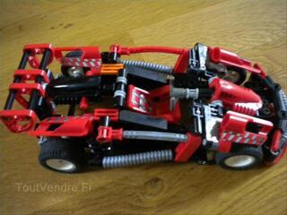 Lego TECHNIC n° 8242  Voiture de course