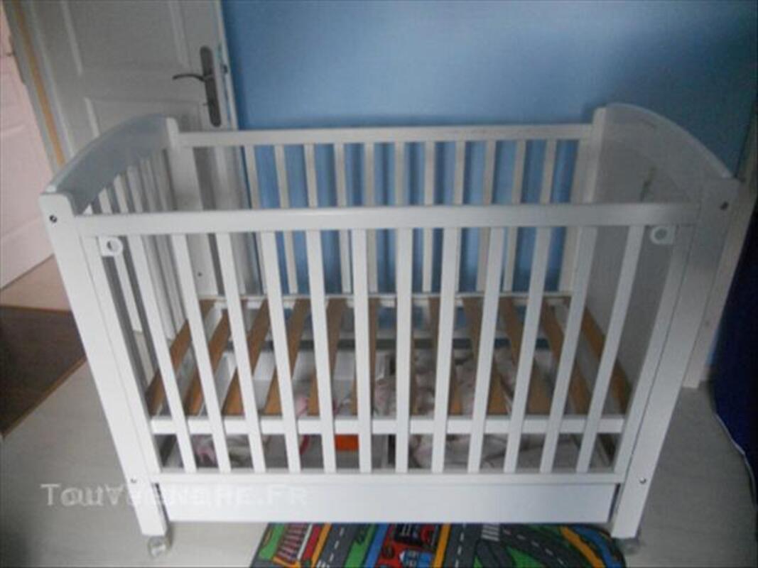 Lit bébé Eguizier 45850255