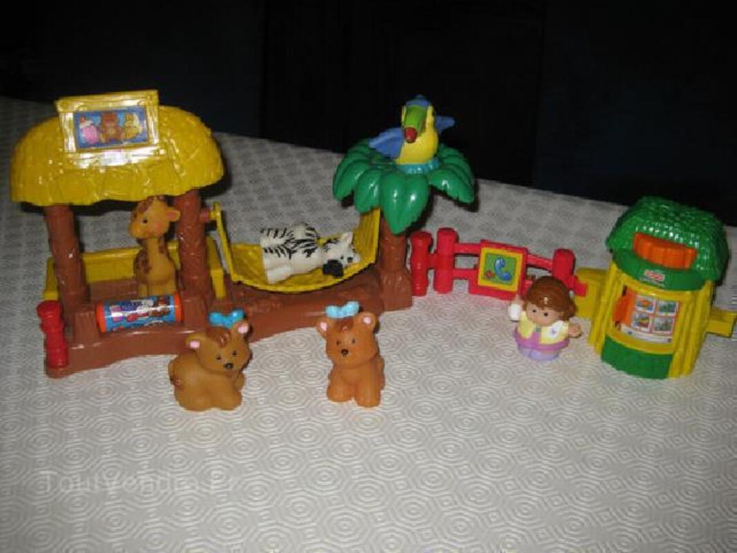 LITTLE PEOPLE pompier - chantier - noel 93180765