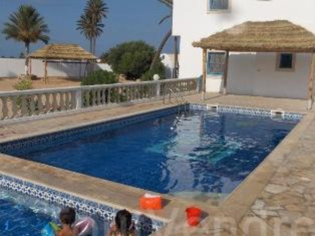 Location djerba villa avec piscine et jardin 38416