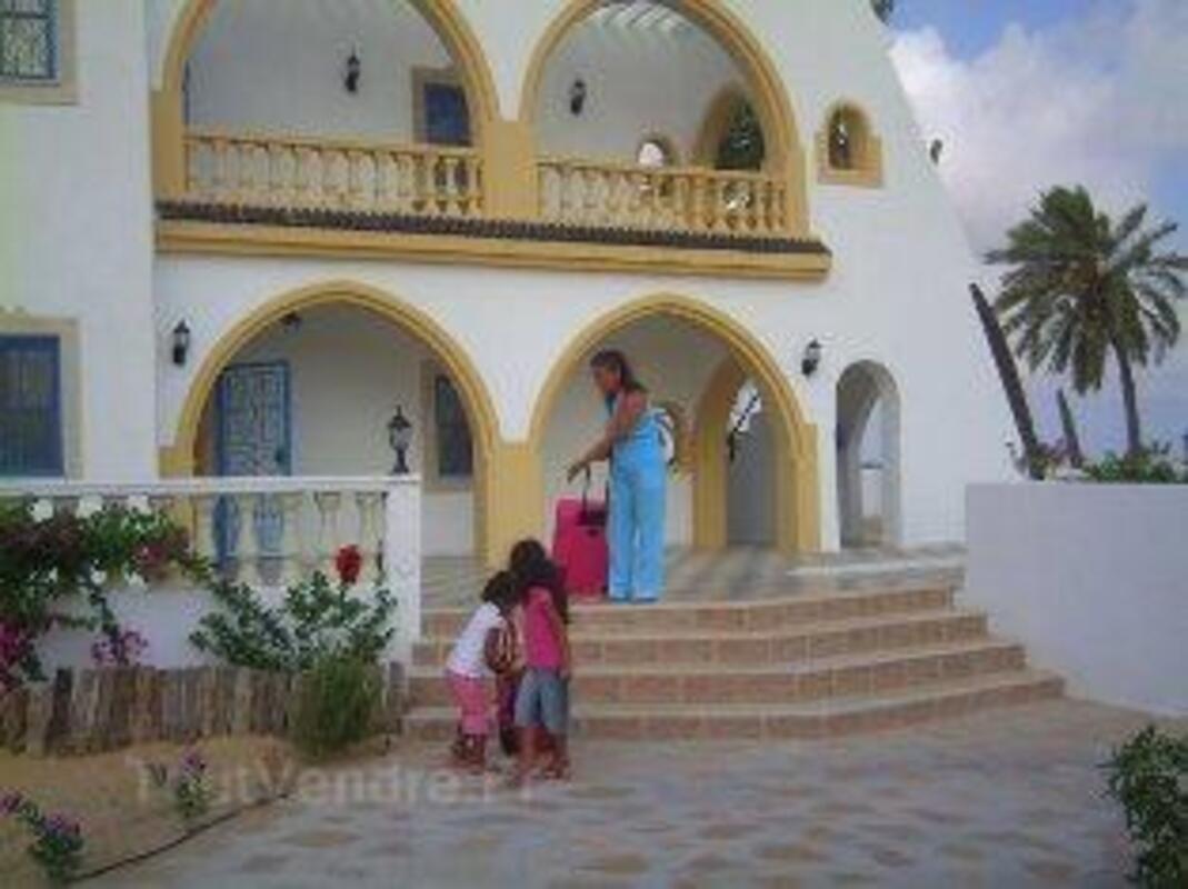 Location djerba villa avec piscine et jardin 38417
