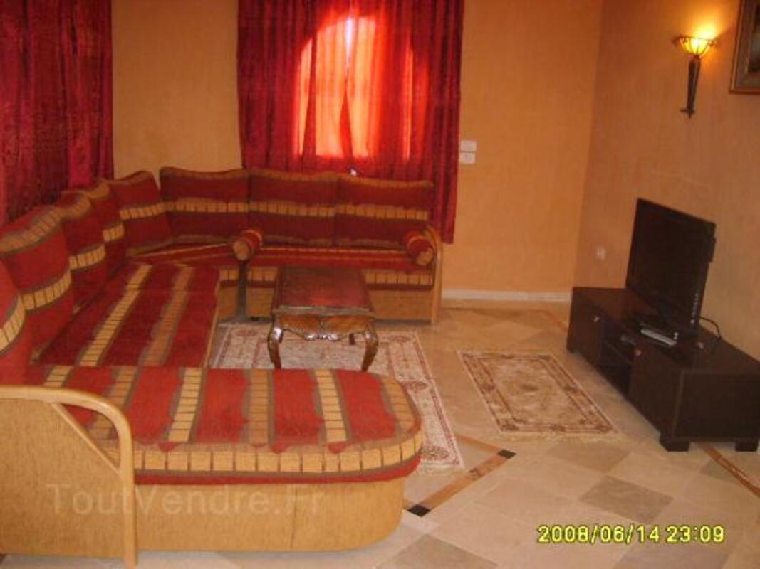 Location djerba villa standing 320m2 avec piscine 7699