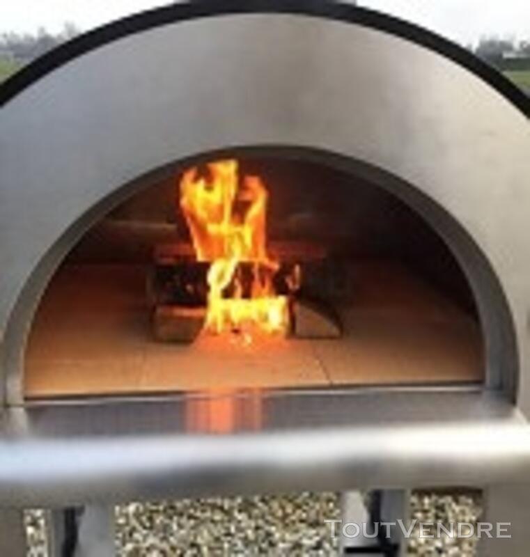 Location Four Pizza au bois 121682143