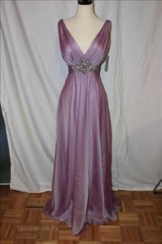 Location Magnifique robe de soirée PRONOVIAS MONSOON 27700517