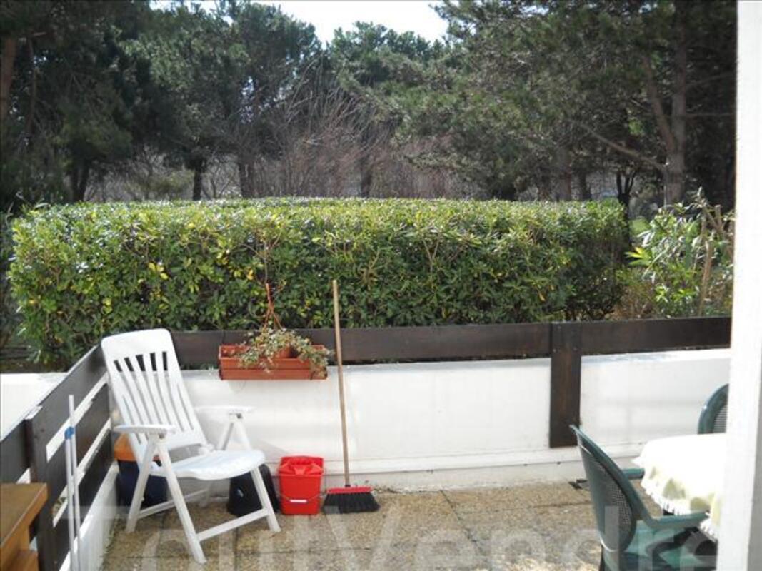 Location saisonnière T1 en rez de jardin  33 m2 46803270