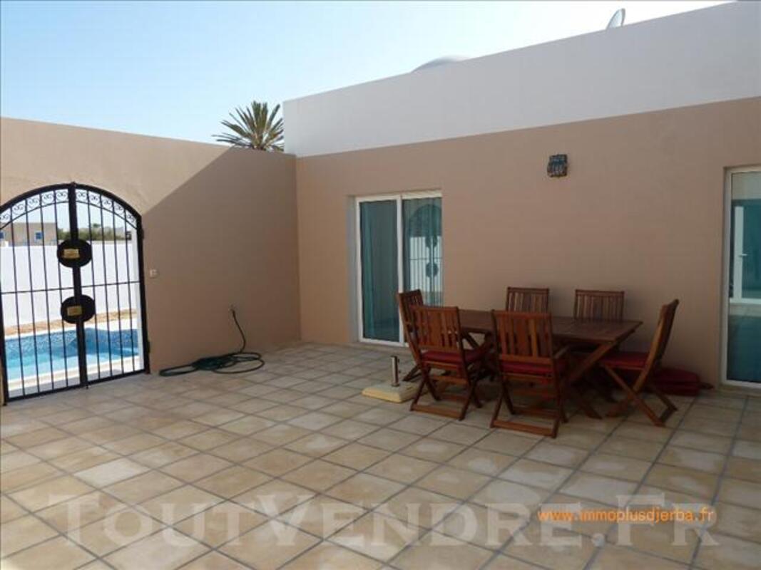 Location vacances djerba villa avec piscine 73637460