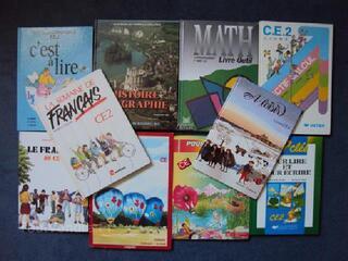 LOT 10 LIVRES SCOLAIRES CE2 français math histoire