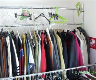 Lot 2 portiques pour vêtements