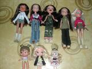 Lot 8 poupées bratzs + accessoires