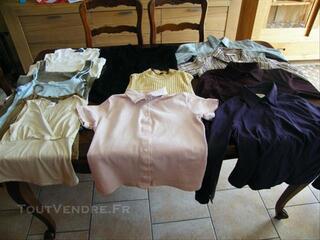 Lot de 13 vêtements femme taille 2