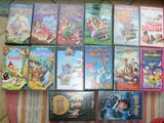 Lot de 14 cassettes VHS pour enfants