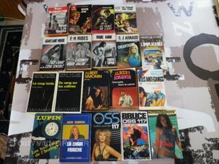 Lot de 19 romans policiers et d'espionnage OSS 117...