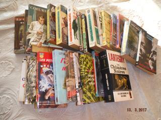 Lot de 25 Livres (poche,presses pocket,j'ai lu etc..)