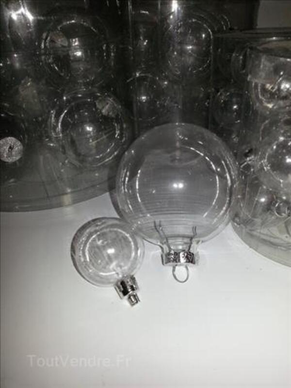 Lot de 6 boules en verre et 12 boules en plastiques 99977035
