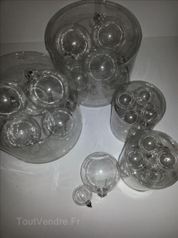 Lot de 6 boules en verre et 12 boules en plastiques 99977042