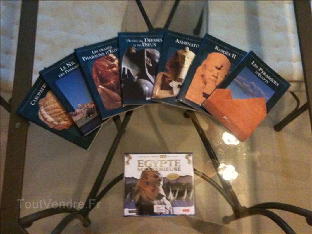 Lot de 7 livres+3 CD-ROM PC sur l'Egypte 69771018