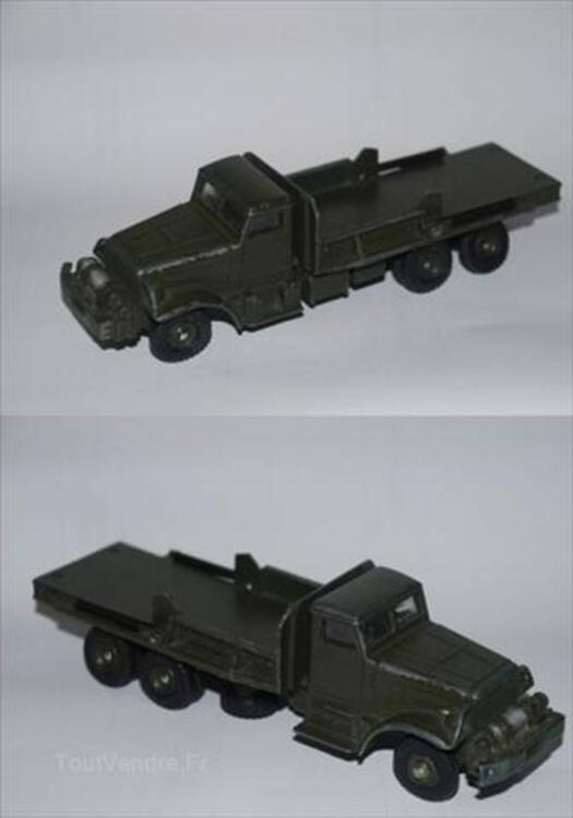 Lot de 9 véhicules militaires solido dinky 64437403