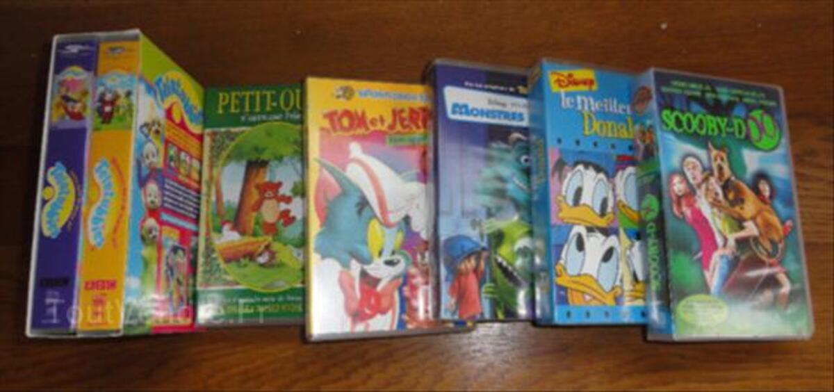 Lot de cassette vidéo pour jeune enfant disney et autre 55812452