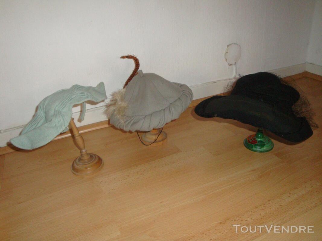 """Lot de chapeaux """"vintage"""" plus cols fourrure 149321533"""