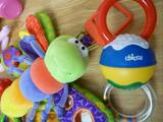 Lot de jouets de marque pour enfant 1er âge + kdo!
