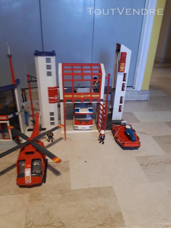 Lot de playmobil 798010246