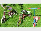 Lot de tricycles+ trotinette spiderman