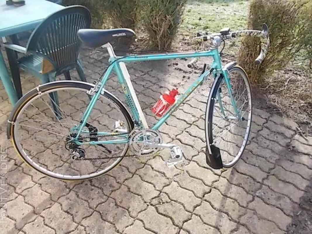 Lot de vélos vintage ou unité voir photo 473383614