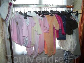 Lot de vêtements d'occasions pour bébé fille 3 mois