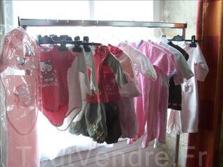 Lot de vêtements d'occasions pour bébé fille 6 mois