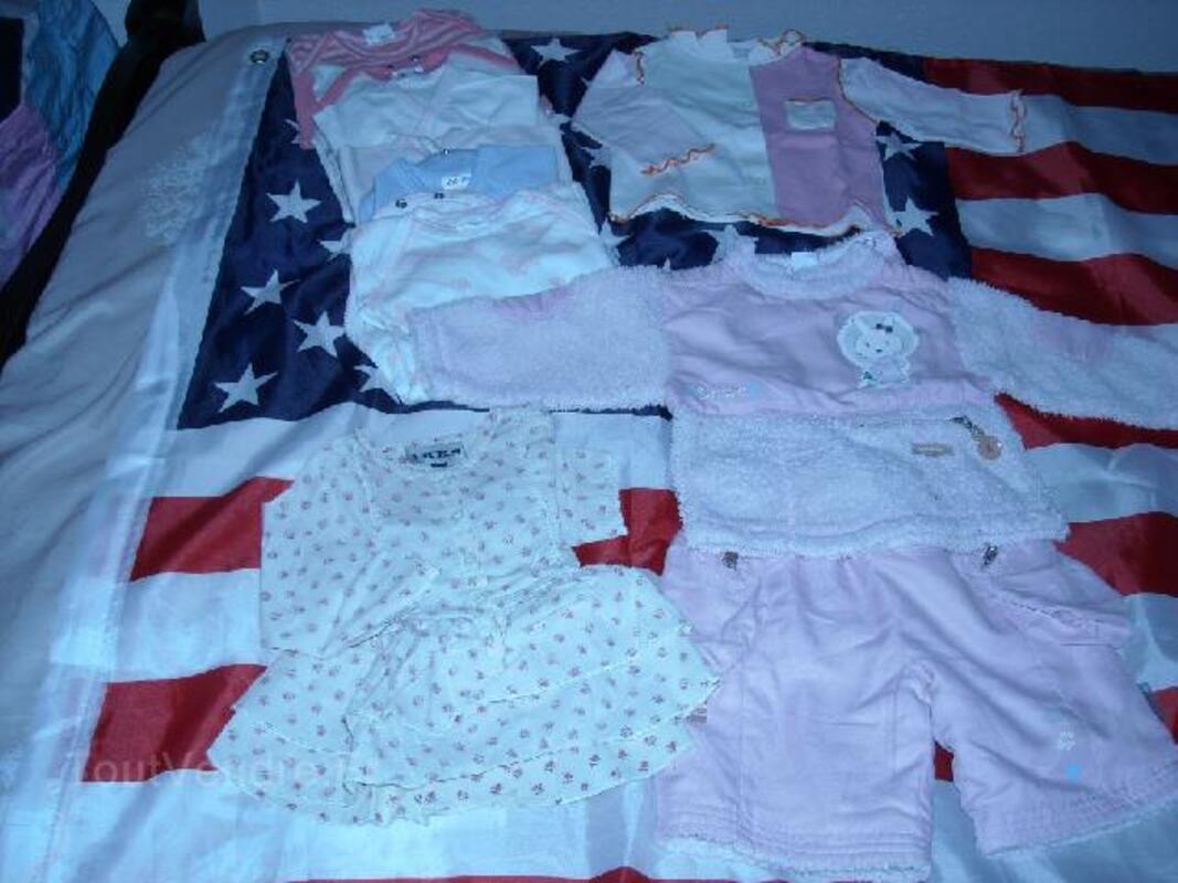 Lot de vêtements fille 3 mois 105400422