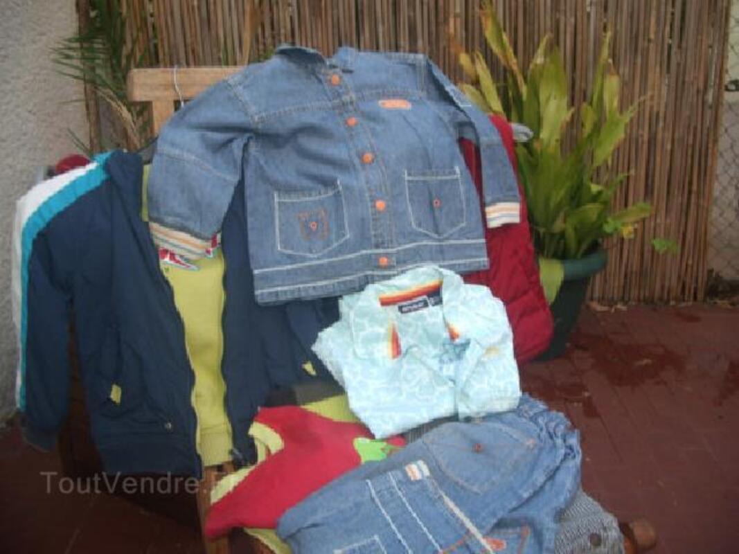 Lot de vêtements 89799907