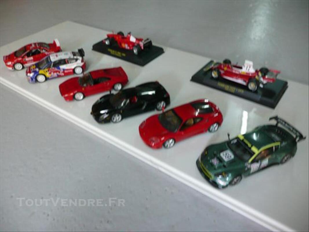 Lot de voitures miniatures 1/43 ème 85520245