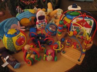 Lot jouets d'éveil