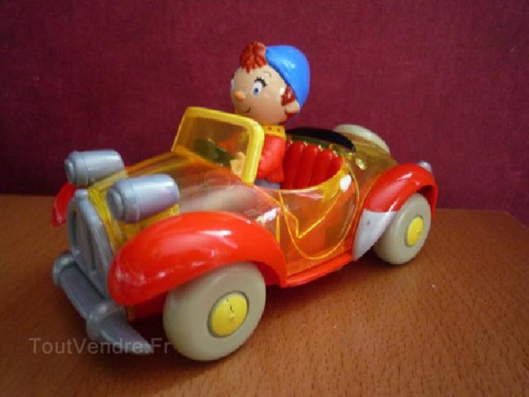 Lot jouets, DVD et livre Oui-Oui 92190763