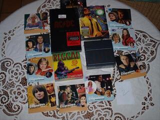 LOT N 2   CD et DVD MUSIQUE    frais de port offerts