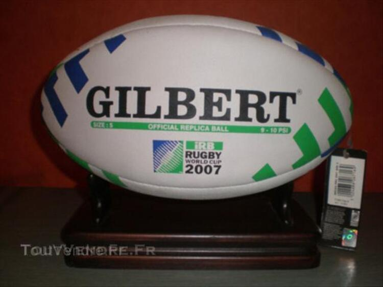 LOT rugby coupe monde  ballon GILBERT casquette chope.. 43807905