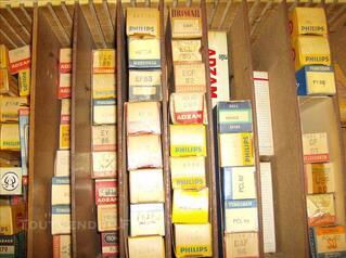 Lot tubes lampes transistors