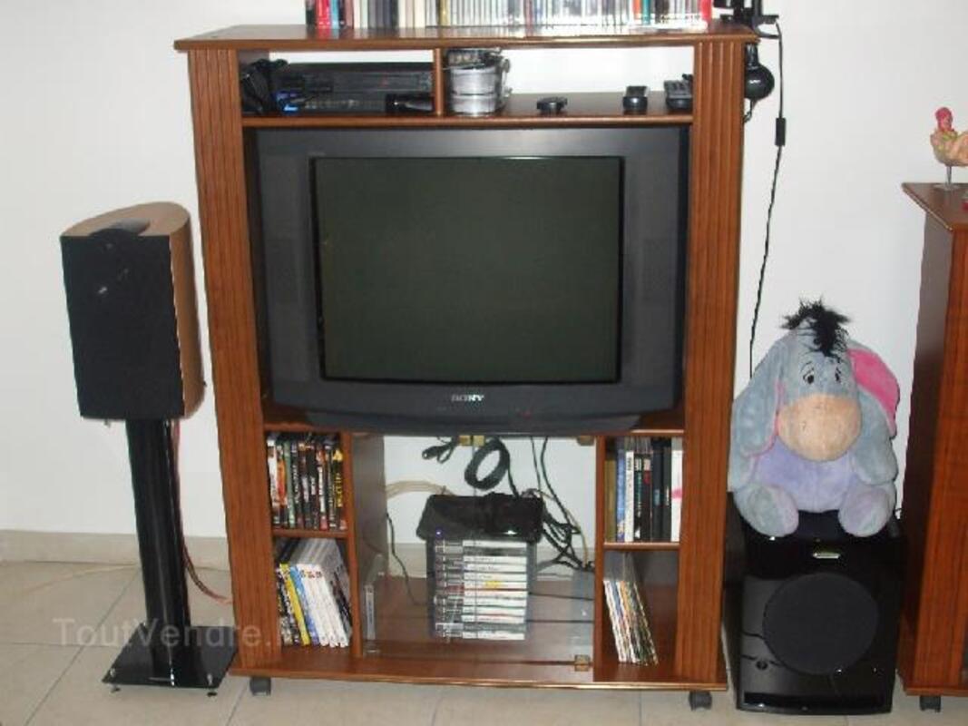 Lot tv sony + decodeur tnt + meuble 104453187