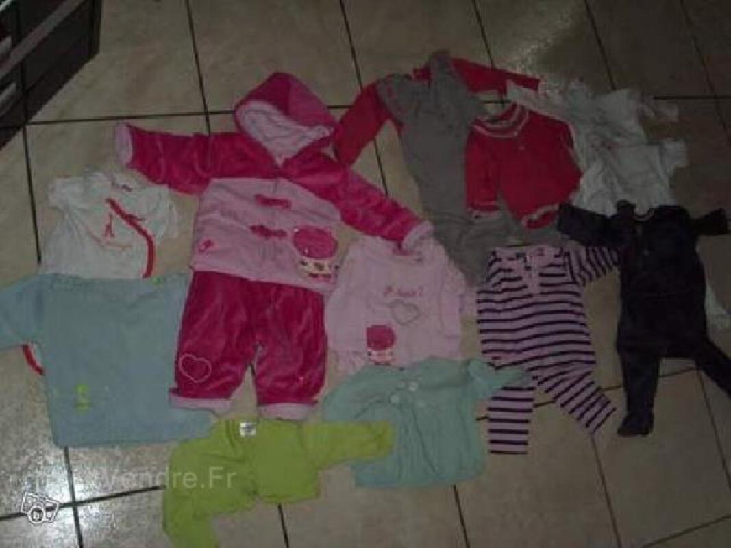 Lot vêtement bébé fille taille 6 mois + donne lot 9-12 90046859