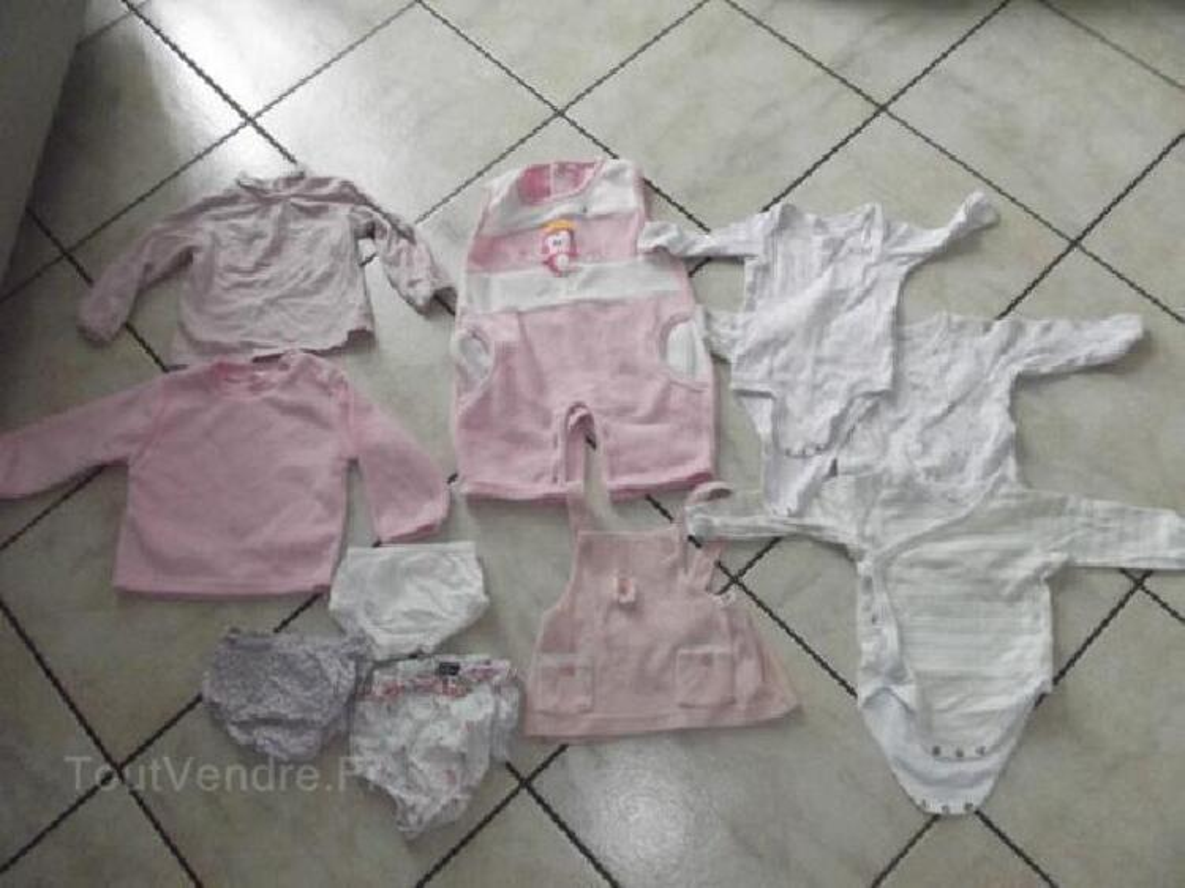 Lot vêtement bébé fille taille 6 mois + donne lot 9-12 90046860