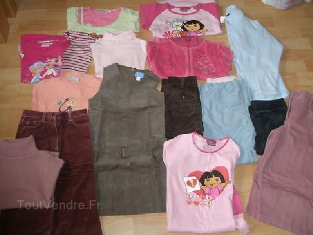 Lot vêtements fille 8 ans hiver 104043313