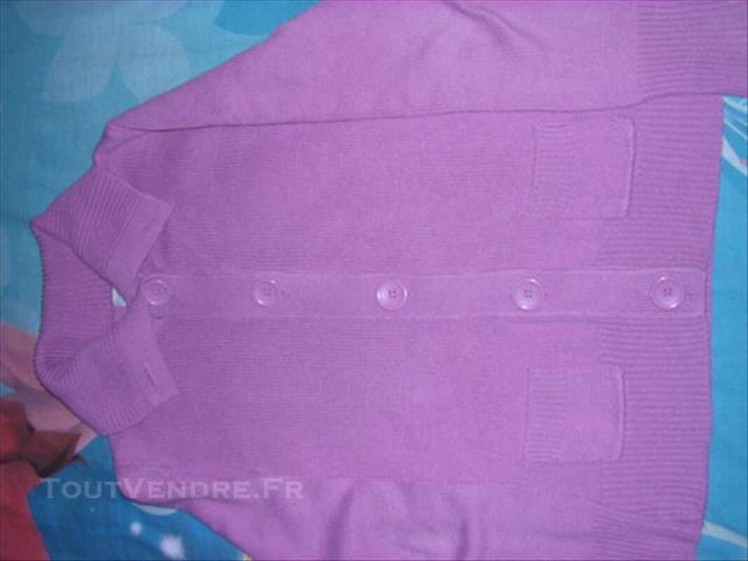 Lot vêtements fille taille 8 ans 84799916